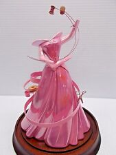 WDCC SLEEPING BEAUTY A DRESS A PRINCESS CAN BE PROUD OF AP 19/25 W/DOME NEW c