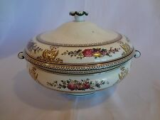 Wedgwood China - Columbia White - #W595 - Round Covered Casserole - w/Green Rim
