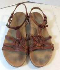 BORN LEATHER ANKLE STRAP OPEN TOE SANDALS FLATS SIZE 9