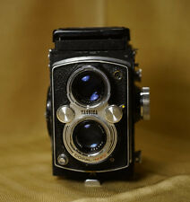 WORKING FILM TESTED Yashica Mat LM 6x6 Twin Lens Reflex No Meter Worn Exterior