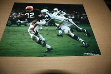 CLEVELAND BROWNS JIM BROWN UNSIGNED 8X10 PHOTO POSE 2