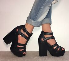 TOPSHOP Black Leather Strappy Ankle Strap Chunky Block Heels  Size 6 / 39