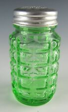 Hazel-Atlas Glass 30-GREEN Salt/Pepper Shaker EXCELLENT