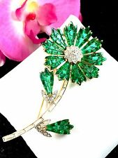1961 CROWN TRIFARI PHILIPPE INVISIBLY SET EMERALD GREEN RHINESTONE FLOWER BROOCH