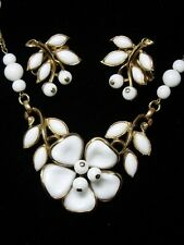40's Crown Trifari Poured Milk Glass Dogwood Necklace & Earrings~Demi Parure~Set