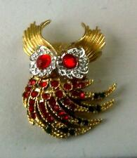 OWL PIN! FAUX EMERALD n' RUBY GLASS CRYSTALS & GOLD PIN or BROOCH!