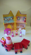 PEPPA PIG PRINCESS PEPPA PALACE y ROYAL Tren Con Figuras
