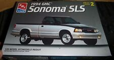 AMT 8128 1994 GMC Sonoma SLS 1/25 MODEL CAR MOUNTAIN FS