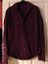BLACK AND RED LONG SLEEVED SHIRT, SIZE SMALL