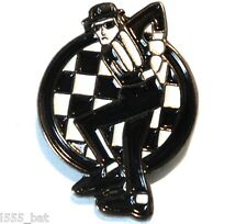 2 Tone Ska Man Dancing Skankin Reggae MOD Metal Scooterist Bike Enamel Badge
