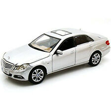 Maisto 1:18 31172 Mercedes Benz E 350 Class Diecast Model Car Silver