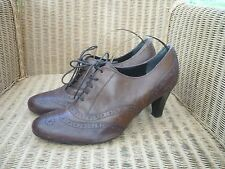 Clarks quality brown leather brogue style ladies shoes stylish & elegant  7