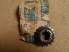 YAMAHA GENUINE TX500 XS500 CAM CHAIN SPROCKET  IDLE 1 15T  371-11437-00  NOS