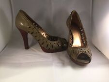 Women's Guess By Marciano Green Leather Wood Heels Peep Toe Shoes Size 7.5
