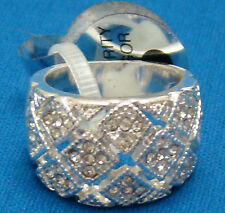 Silver Diamond Look Metal Ladies Fashion Ring