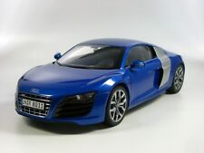Audi R8 5.2 Coupe V10 Sepangblau 1:18 Audi Collection 501.09.184.15 blau