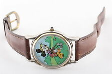 RARE DISNEY MICKEY MOUSE GOLF THE DISNEY STORE NEW BATTERY WRISTWATCH 6155