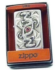 zippo Dragon dans ça boite origine  sur son socle en Bois