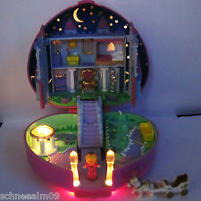Mini Polly Pocket Starlight Castle Playset 100% complete Licht Schwan Kutsche