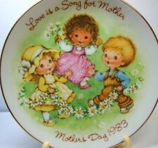 VTG AVON Mothers Day Plate 1983 LOVE IS A SONG FOR MOTHER-NEW IN BOX-FREE SHIP