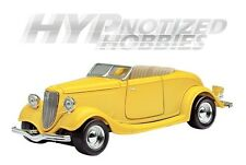 MOTOR MAX 1:24 FORD 1934 COUPE CONVERTIBLE DIE-CAST YELLOW 73218