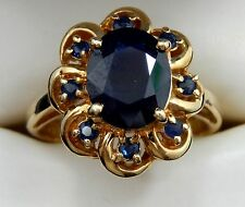 Ladies, Estate Jewelry 14kt Yellow Gold Ring with Dark Sapphire Stone !!