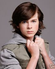 Chandler Riggs / The Walking Dead 8 x 10 GLOSSY Photo Picture