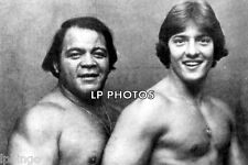 4x6  PRO WRESTLING PHOTO  JOSE LOTHARIO & GINO HERNANDEZ   TT0038     wwe  tna