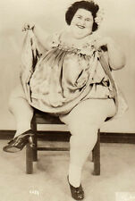 LEGENDARY CIRCUS FAT LADY DOLLY DIMPLES! Old 1940s FREAK PHOTO! Cute Pose RISQUE