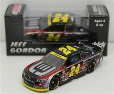 NASCAR JEFF GORDON # 24 CHASE FOR THE CUP DRIVE TO END HUNGER 1/64 CAR