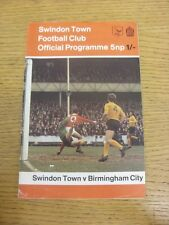 27/02/1971 Swindon Town V Birmingham City (arrugada, pequeñas muescas a los bordes Trus).