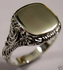 KAEDESIGNS, SIZE S GENUINE LARGE MENS 9CT WHITE GOLD SQUARE ENGRAVED SIGNET RING
