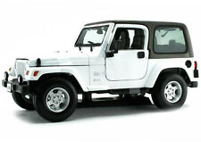 Maisto Jeep Wrangler Sahara 1:18 Diecast Model Car White