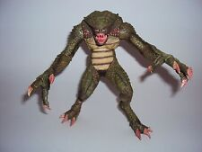 *INCOMPLETE* Hunter Resident Evil Archives Series 2 10th Anniversary Figure Neca