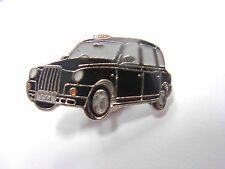 London Taxi - Black Cab - TX4 Pin badge. Souvenir lapel badge