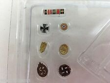 DID 1/6th scale WWII NSDAP EINSATZLEITER Franz Feigel - Insignia Set