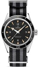 "OMEGA SEAMASTER 300 COAXIAL 23330412101001(""MOTHER"" WATCH OF JAMES BOND SPECTRE)"