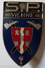 Insigne SAPEURS POMPIERS OBSOLETE FRANCE DEPARTEMENT VIENNE 86 ORIGINAL 1
