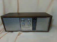 Antique Lloyd's FM/AM Solid State 2 Speaker desk top radio, 1974 H603W-108A USA