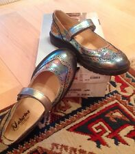 Girls Naturino Silver Leather Mary Jane Lug Sole Shoes 3 3.5 EU 35 $100+ EUC