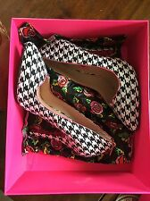 Betsey Johnson High Heel Shoes Size 7