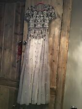 NEEDLE & THREAD EXCLUSIVE FLORAL SHIMMER GOWN *SIZE 8 & 12 BOTH STILL AVAILABLE*