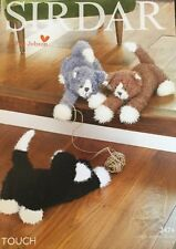 """Sirdar Knitting Pattern, Toy Animal Cats Kittens 6.5"""" In Height"""