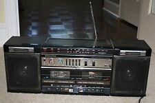 Sanyo MW 225 AM/FM Stereo Double Cassette recorder, Detach Speakers