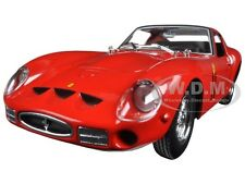 FERRARI 250 GTO RED 1/24 DIECAST MODEL CAR BY BBURAGO 26018