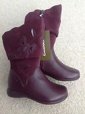 NEW CLARKS GIRLS QUALITY BOOTS UK 7 BURGUNDY  RRP £36