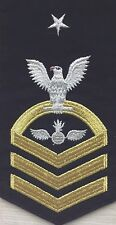 NAVY E8 RATING BADGE: AVIATION ORDNANCEMAN - SEAWORTHY GOLD ON BLUE