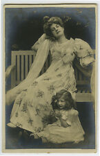 c1903 French Glamour Glamor PRETTY MOTHER Daughter undivided back photo postcard
