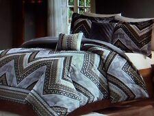 New QUEEN Size Comfort Set *** 5 Piece Chevron Print