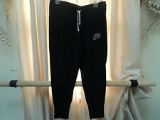 Nike sweat pants crop black sz M womens